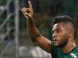 Borja explica porque não comemorou gol e aplausos da torcida. Goal