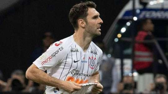 Boselli não é Love, mas contribui ao Corinthians. Goal