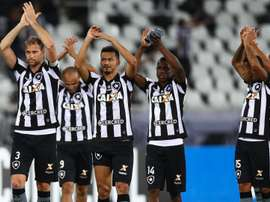 Copa Libertadores Review: Botafogo, Santos advance to QFs as San Lorenzo win on penalties