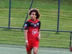 Premier contrat professionel pour Boudjemaa à Guingamp. GOal