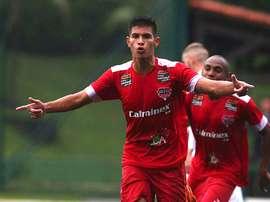 Volante de 19 anos vai assinar com o Atlético-PR. Goal