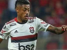 Flamengo vence o Athletico e segue forte no Brasileirão. GOAL