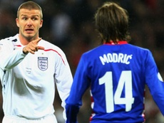 Beckham e Modric enfrentaram-se nas qualificações de 2008. Goal