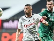 Burak Yilmaz débarque à Lille. goal