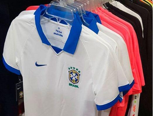 Site vaza camisa branca do Brasil para a Copa América BeSoccer