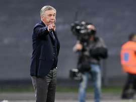 Ancelotti 'allontana' la Juve: 'Sono felice al Napoli'