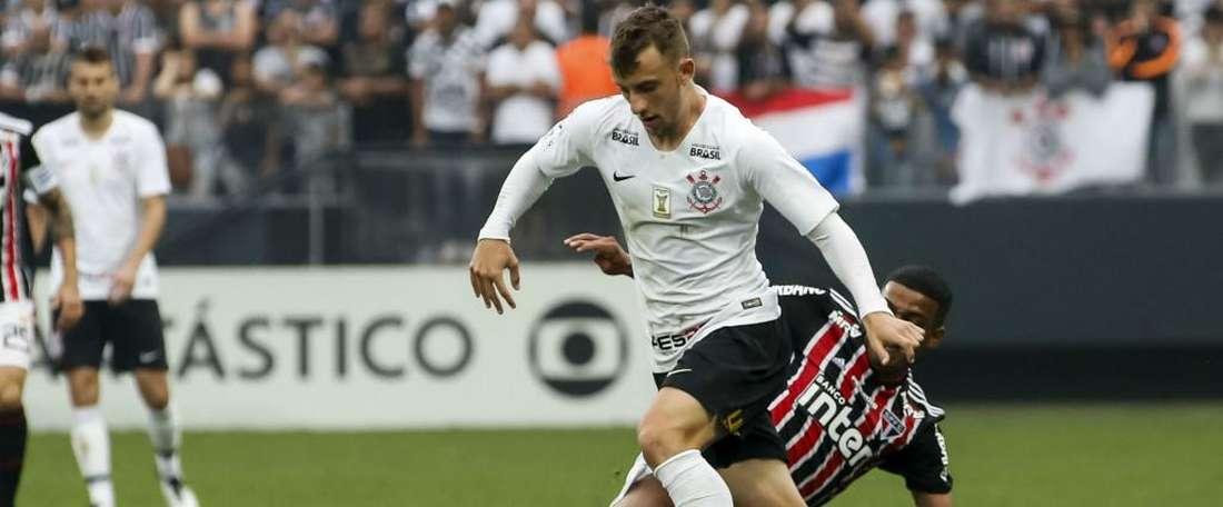 Carlos Augusto. Goal