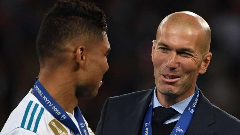 Casemiro detalha relação com Zidane no Real
