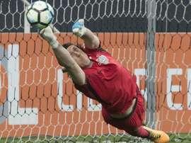 Cássio e Vanderlei disputam espaço na Seleção Brasileira com cinco goleiros