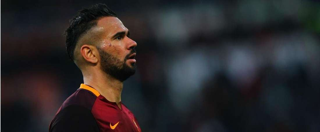 Castan posted an emotional farewell to Roma fans. GOAL