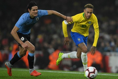 Cavani hit out at media suggestions that he and Neymar do not get on. GOAL
