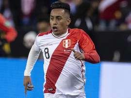 Cueva fica sem contrato no México: quais as opções do peruano ex-Santos e São Paulo?