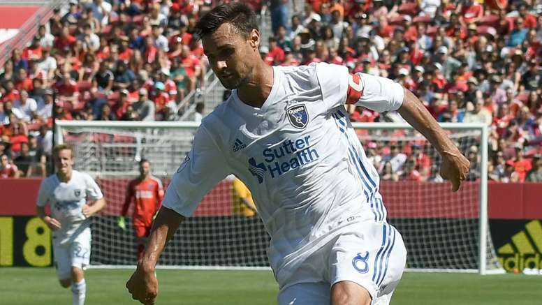 MLS Review: Wondolowski takes tally to 150, Sporting KC win five-goal thriller.