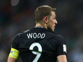 Chris Wood missed several chances as New Zealand lost to Mexico. GOAL