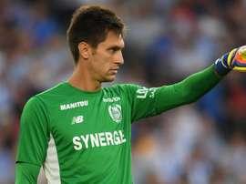 Ciprian Tatarusanu n'est pas venu à Lyon faire de la figuration. Goal