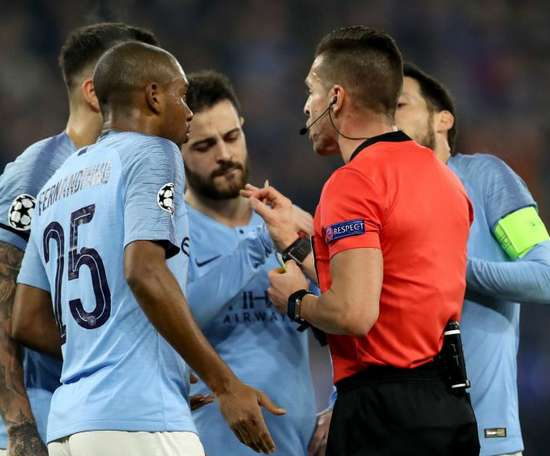 City players were left confused by VAR's decisions on Wednesday. GOAL
