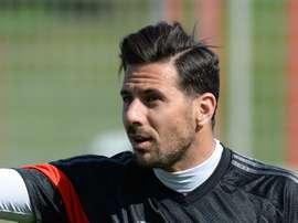 À bientôt 39 ans, Claudio Pizarro reprend du service du côté de Cologne. Goal
