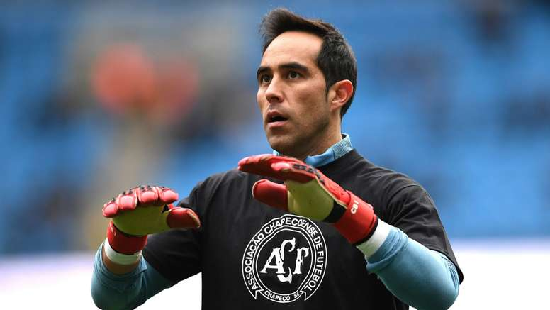 Claudio Bravo gets frequently criticized. Goal