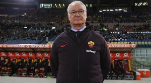 Roma 'attached to an oxygen tank and need all doctors available' – Ranieri