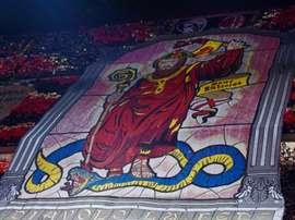 Milan-Inter, coreografia rossonera da urlo: Sant'Ambrogio schiaccia il serpente