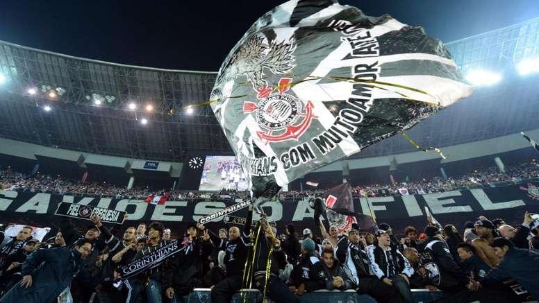 Fans do Corinthians.
