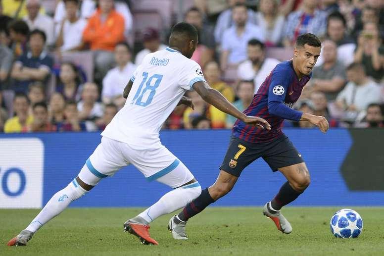02bc63ff26 Pin Não é só o Messi! Valverde dá moral para Coutinho e Arthur após vitória  do