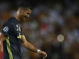 Cristiano Ronaldo se iguala a Neymar e cai nas redes do zagueiro Murillo