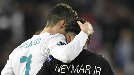 Ex-jogador brasileiro diz que Neymar faria parceria de sucesso com Cristiano Ronaldo. Goal