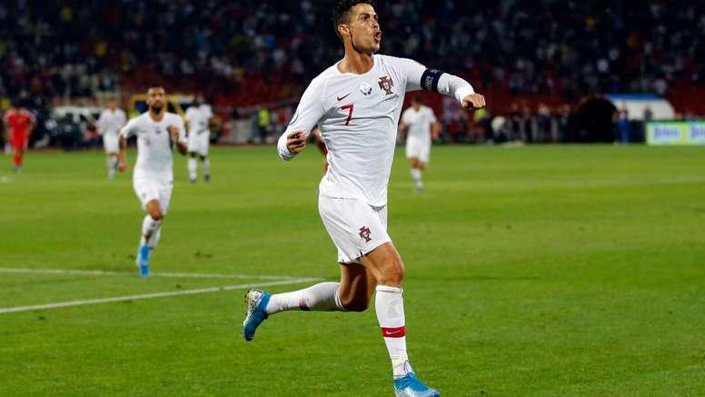 Cristiano Ronaldo breaks Euro qualifying goal record.