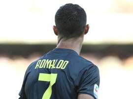 Ronaldo has thanked Cuadrado for giving him the number 7 shirt. GOAL