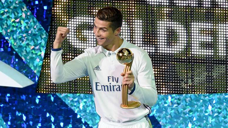 Cristiano Ronaldo celebrates with the Club World Cup. Goal