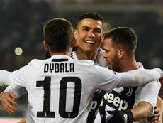 Allegri turned away for Ronaldo's penalty. GOAL