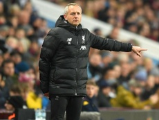 Liverpool coach takes up managerial role at Blackpool. GOAL