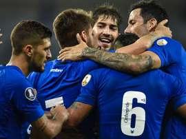 Copa Libertadores Review: Cruzeiro thrash Universidad, Martinez scores again