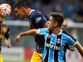 Grêmio segue negociando a contratação do volante Damian Musto. Goal
