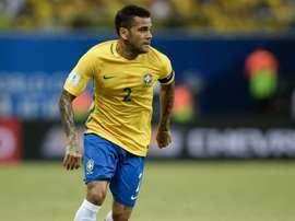Dani Alves, forfait. Goal