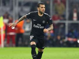 Dani Alves quittera-t-il Paris ? Goal