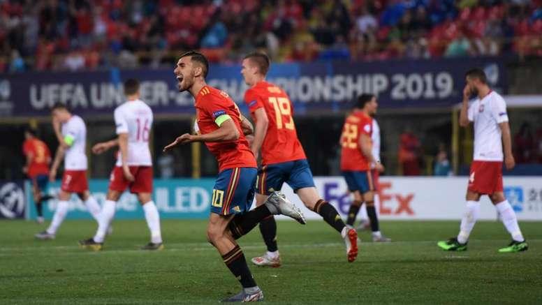 Euro U21s: Spain thump Poland