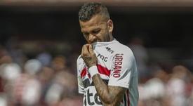 Daniel Alves: 'vou ajudar para que a pátria seja melhor'. Goal
