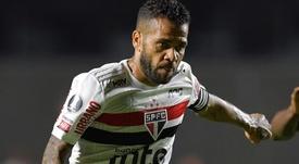 São Paulo projeta Daniel Alves 100% em retorno e aposta em físico forte. EFE