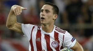 Daniel Podence has moved to Wolves from Greece. GOAL