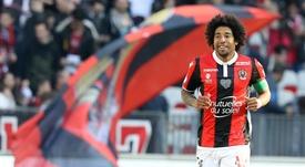 Dante en veut aux arbitres de Ligue 1. GOAL