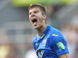 Ukraine forward Beskorovainyi. GOAL