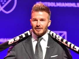 Beckham lorgne Zidane. Goal