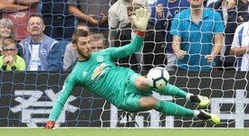 De Gea doesn't listen to the bad press. GOAL