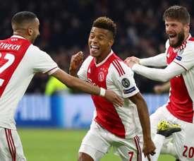 Despertam os interessados em David Neres que continua a brilhar no Ajax. Goal