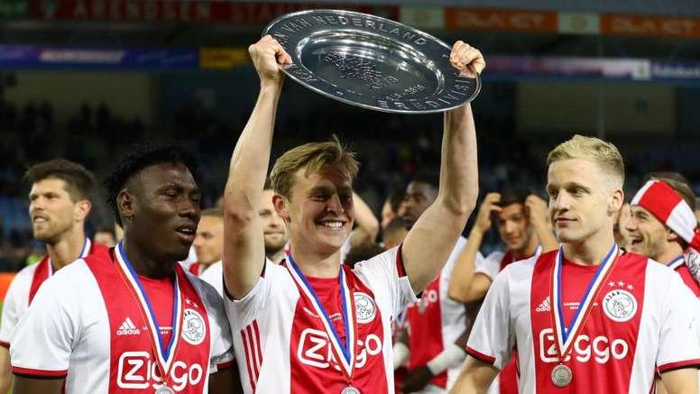 De Jong sortira par la grande porte. Goal