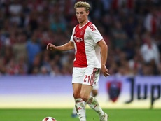 Frenkie de Jong pictured during Ajax's 3-3 draw against Bayern Munich. GOAL