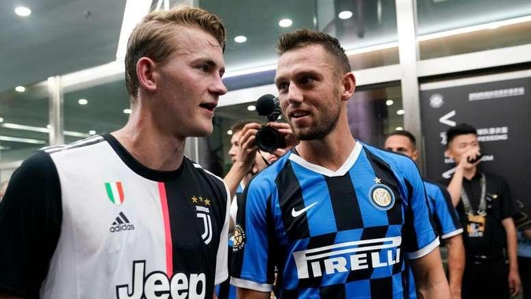De Ligt nega la rivalità con De Vrij. Goal