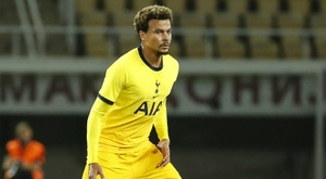 Dele Alli has remained professional despite not being played by Mourinho. GOAL